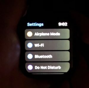 uneven brightness apple watch 4